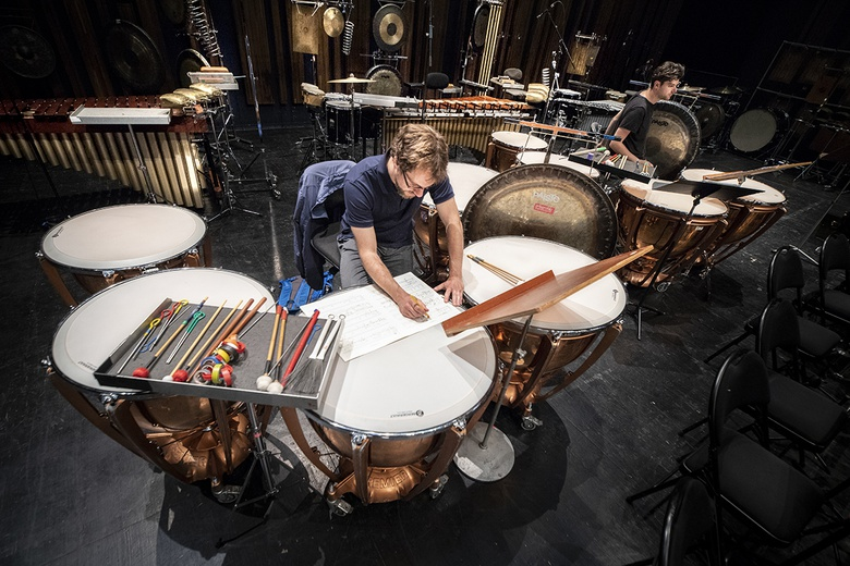 Samuel Favre percussion (Ensemble intercontemporain), Lorenzo  Colombo percussion (Ensemble ULYSSES), session de travail, ManiFeste-2018  © Quentin Chevrier