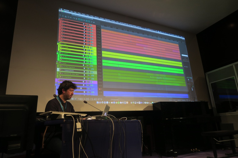 Conference by Dan D'Ascenzo about AI related to music production  © IRCAM Forum